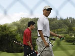 obama-golfing-olomana